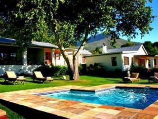 Alluvia Specialist Winery Guest House Stellenbosch - Swimming Pool