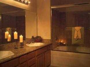 Club De Soleil All-Suite Resort Las Vegas (NV) - Bathroom