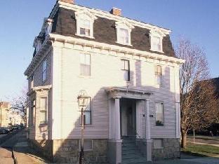 Cleveland House Inn