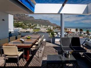 Place On The Bay Cape Town - Terrace Area