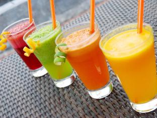 HARRIS Hotel & Residences Riverview Kuta Bali - Fresh Juice