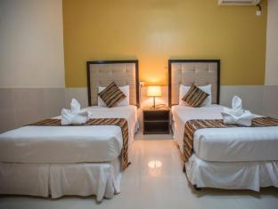 クーラバ ホテル
