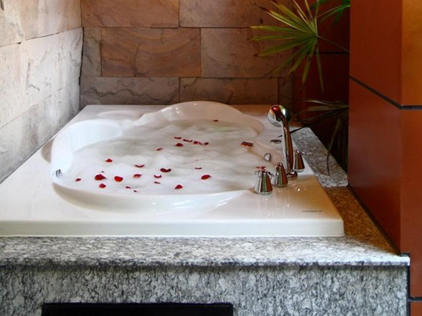 โรงแรม เดอะ ฟิวชั่น สวีท