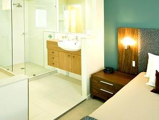 Airlie Summit Apartments Whitsunday Islands - Bathroom