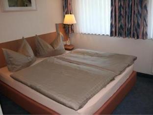 Hotel Am Kurpark Bad Lausick - Guest Room