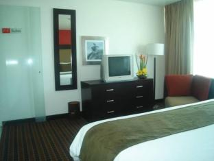 Suites Plaza Florencia Mexico City - Hotellihuone