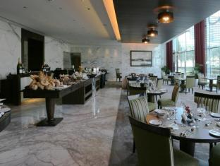 Bonnington Jumeirah Lakes Towers Hotel Dubai - Eten en drinken