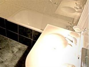 Barock Hotel Paris - Bathroom