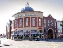Premier Inn Swansea City Centre
