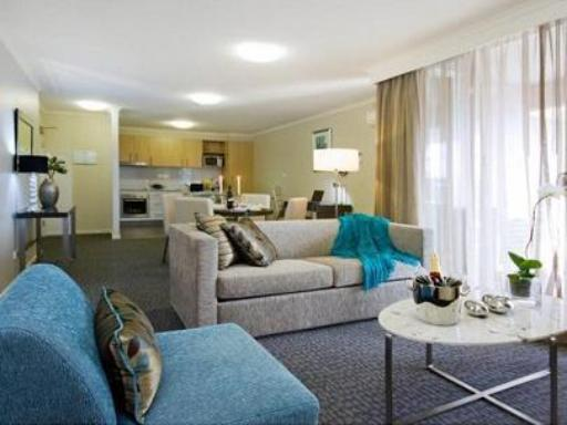 Pacific Suites Canberra hotel accepts paypal in Canberra