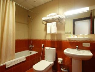 Seven Sands Hotel Apartment Dubai - Bathroom