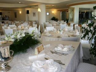 Hotel Scoglio Del Leone Zambrone - Ballroom