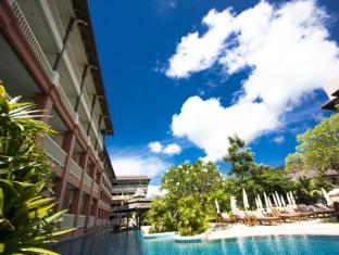 Kata Sea Breeze Resort Phuket - Swimming Pool