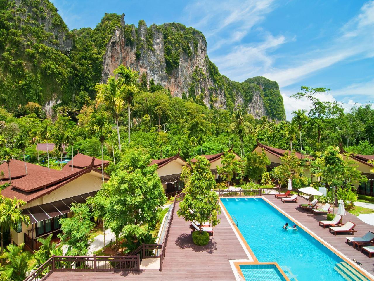 อ่าวนาง ภูเภตรา รีสอร์ต (Aonang Phu Petra Resort)