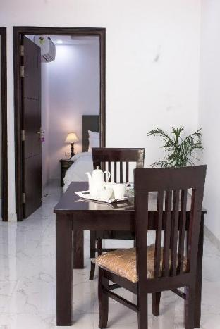 Parfait Street 2Bhk service apartment near Fortis