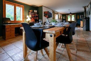 Chamonix Luxury Chalet, 4 bedroom, Jacuzzi, Sauna