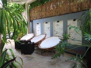 Frangipani Villa-60s Hotel Phnom Penh - Esterno dell'Hotel