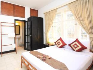 Frangipani Villa-60s Hotel Phnom Penh - Camera