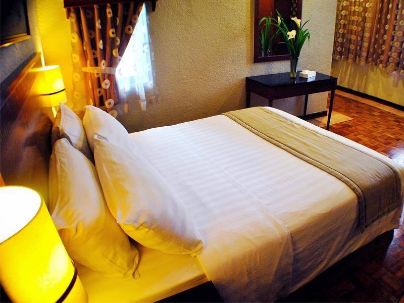 フェザル ホテル P. トゥアゾン キュバオ (Fersal Hotel P. Tuazon Cubao)