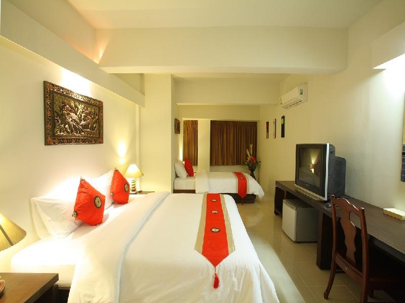โรงแรมเฉวงพาเลซ