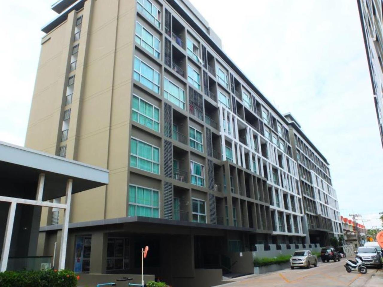 The Gallery Condominium by Minnie