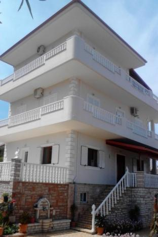 Apartments Hasani