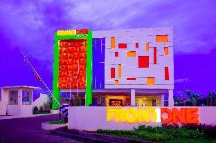 Front One Hotel Purwodadi