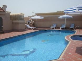 Belvedere Court Hotel Apartments Dubai - Swimming Pool