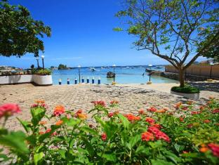 EGI Resort and Hotel Cebu - Plage