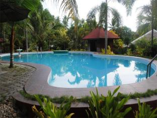 Hof Gorei Beach Resort Davao City - Piscină