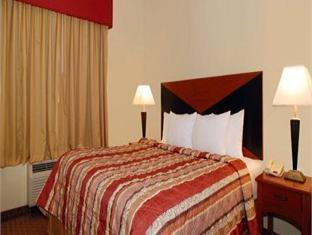 Sleep Inn & Suites At Six Flags