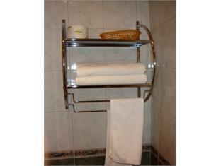 ยาดส์ ออฟ คาเปลล่า โฮเต็ล เซนต์ปีเตอร์สเบิร์ก - ห้องน้ำ