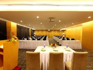 Liberty Central Saigon Centre Hotel Ho Chi Minh City - Conference