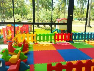 Rayaburi Resort Phuket - Club de niños