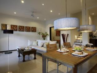 Two Villas Holiday Phuket: Oxygen Bang Tao Beach Phuket - Kitchen