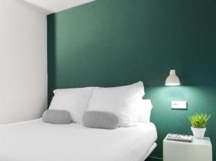 Whotells Raval Apartment Barcelona - Guest Room