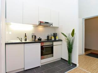 A & B Apartment & Boardinghouse Berlin Берлин - Кухня