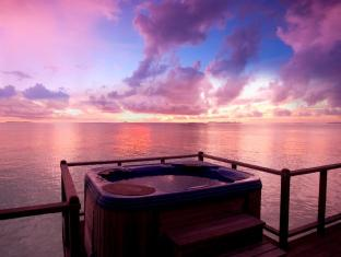 The Sun Siyam Iru Fushi Luxury Resort Maldives Islands - Horizon Water Villa