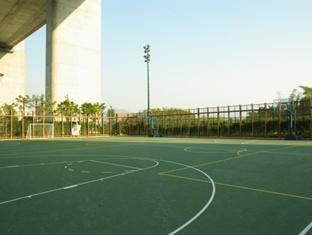 Noah's Ark Resort Hong Kong - Basketball court