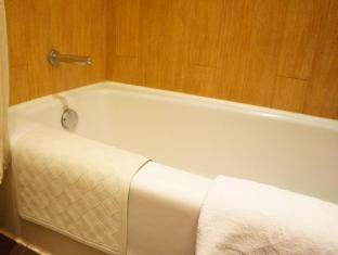 Noah's Ark Resort Hong Kong - Bathroom