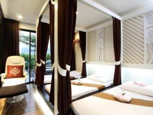 Patong Paradee Resort Phuket - kopališče