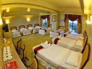 Sarrosa International Hotel and Residential Suites Cebu City - Grand Family Suite