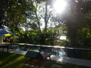 Basaga Holiday Residences Kuching - Piscine