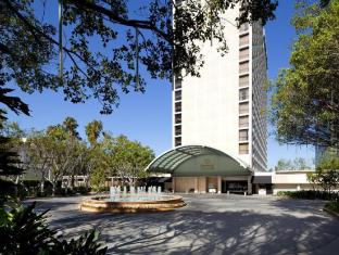 Sheraton Hotel in ➦ Universal City (CA) ➦ accepts PayPal
