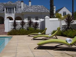 The Wild Mushroom Boutique Hotel Stellenbosch - Pool Area