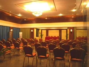 Palmarinha Resort North Goa - Meeting Room