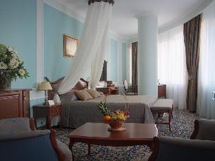 Promos Onegin Hotel