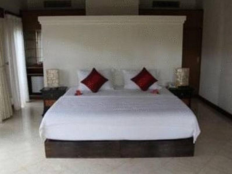 アモリ ビラ ホテル
