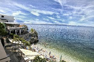 Beach Hotel