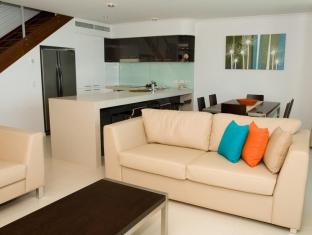 At Marina Shores Hotel Whitsundays - Quarto Suite